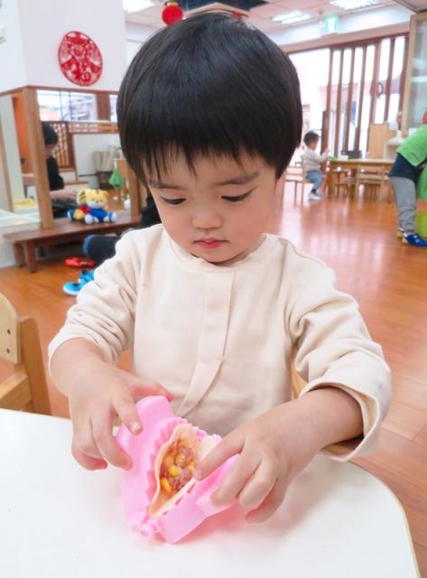 孩子也會包水餃